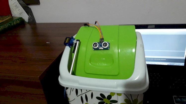 Ultrasonik Sensör İle Akıllı Çöp Kutusu